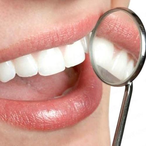 Khi làm răng sứ có ảnh hưởng gì đến sức khỏe không ?