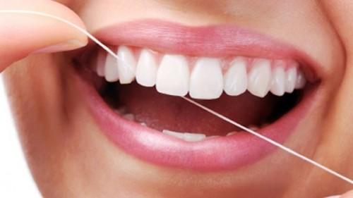 Làm thế nào để chăm sóc răng giả đúng cách? 3