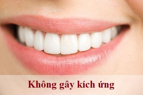 Bọc răng sứ titan - Khắc phục răng thưa, mẻ, xỉn màu,... độ bền 20 năm 5