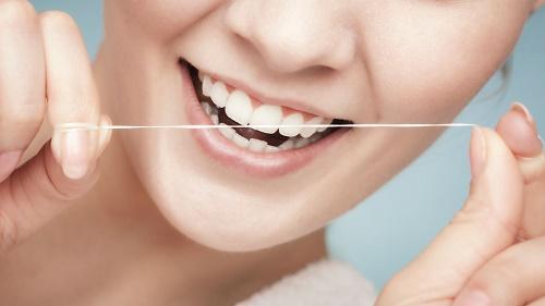 8 Ưu điểm bọc răng sứ không kim loại giúp răng chắc gấp 4 lần 6