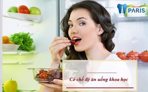 Có chế độ ăn uống khoa học khi bọc răng sứ